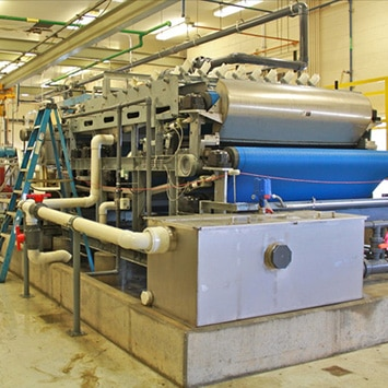 Flex-Wall Belt Conveyor for Conveying Biosolids at Somerset WTP in Somerset, KY - KWS Manufacturing