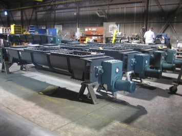 Mass Flow Screw Feeders - Engineered Equipment - KWS